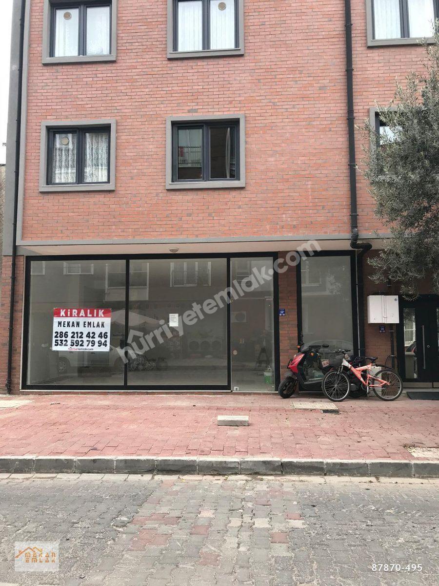 Atatürk Caddesi Yanı İşlek Noktada İskanı Hazır Kiralık Dükkan