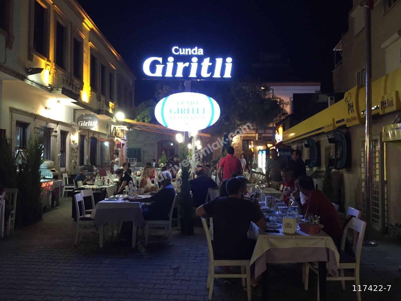 Ayvalık Cunda Adası Sahil Caddesinde Devren Kiralık Restoran
