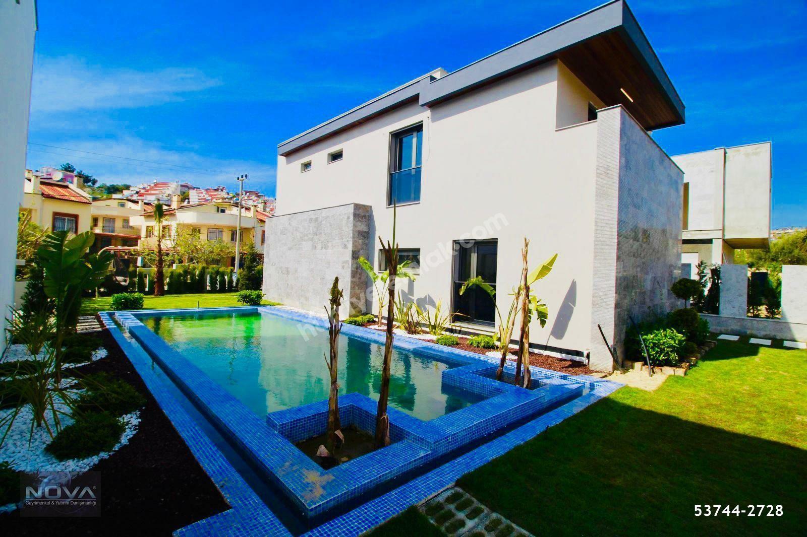 Kuşadası Satılık Özel Havuzlu Müstakil Akıllı Villa