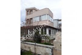 Ayvalık Altınova'da Satılık Müstakil Daire