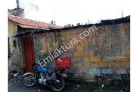Edremit İbrahimce Mahallesinde Satılık Müstakil Ev