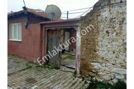 Edremit Zeytinli Mahallesinde Satılık Müstakil Ev