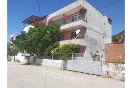 Tuzcumurat Mahallesinde Satılık Müstakil Ev